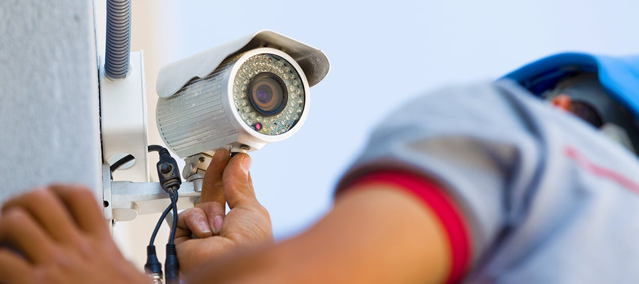 Professional Security System Installation vs. a DIY Home Security System Buffalo, NY